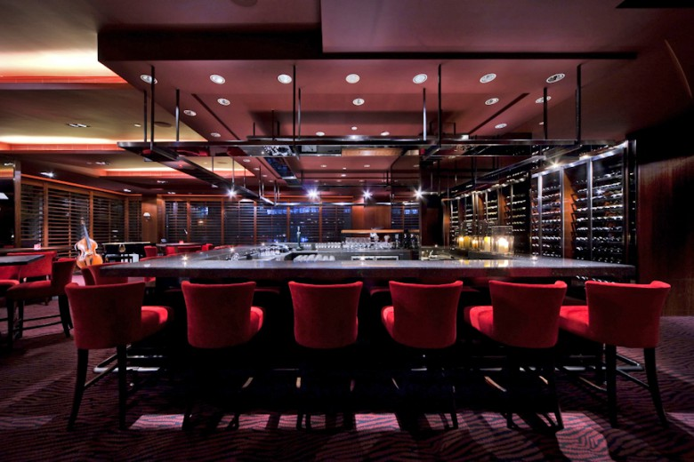 Tin Tin Bar, Hyatt Regency Hotel Shatin